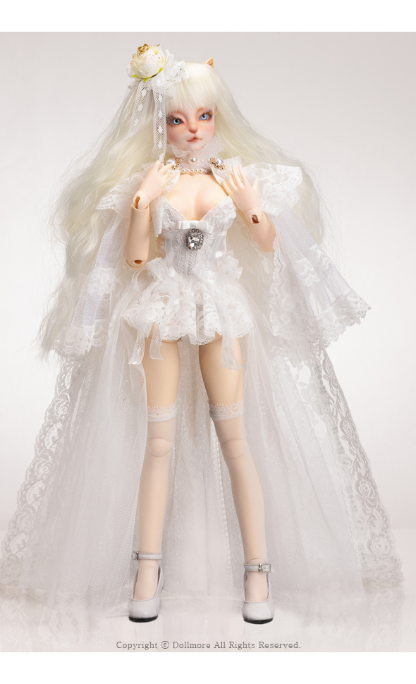 Catish Girl Doll - Intactly Reaa In White - LE10